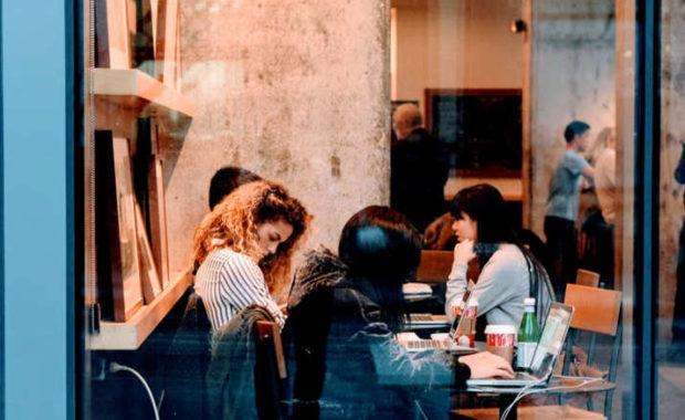 Mujer, salud y nuevos entornos laborales